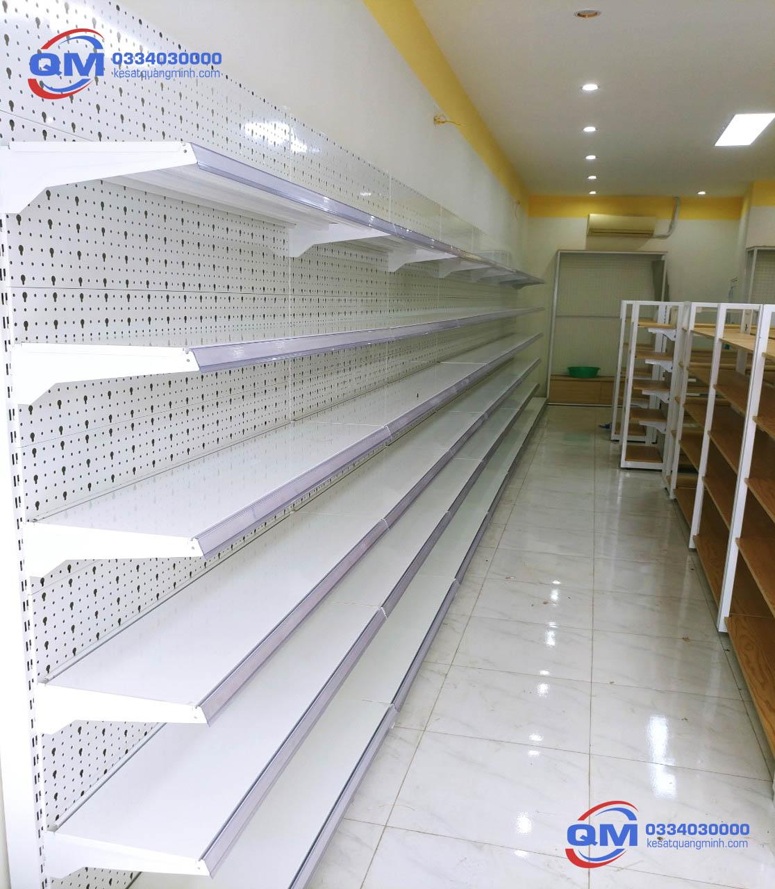 kệ siêu thị tôn đột lỗ 6 tầng