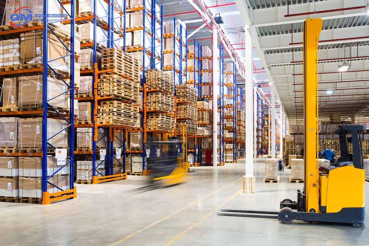 quản lý kho hàng trong logistics