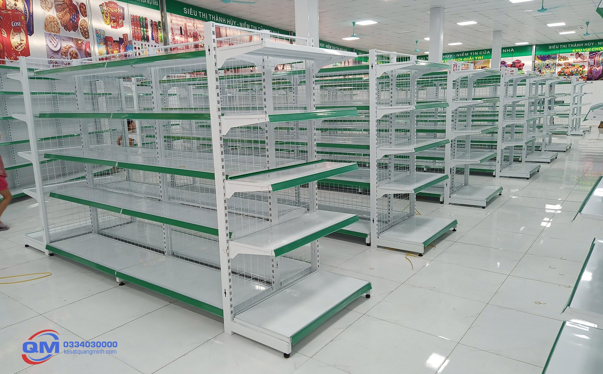Kệ siêu thị