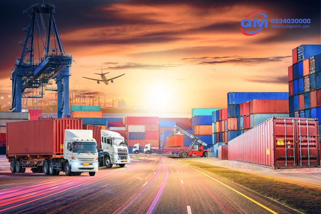 Kinh doanh vận tải hàng hóa